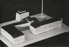 the bauhaus harvard art museums cake in the shape of the bauhaus building in dessau served on the