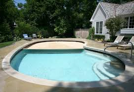 Automatic pool covers for odd shaped pools Infinity Pool River Pools And Spas Automatic Pool Covers Odd Shaped Pools