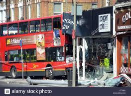 centre kitchen design in london. london, uk, battersea 10/08/2017 bus crashes into poggen pohl kitchen design centre in lavender hill. 8 people were injured. credit: johnny armstead/alamy london n