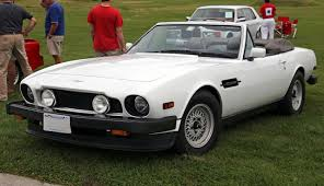 File:1986 Aston Martin V8 Volante Series 2, front left (Lime Rock ...