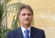 Il nuovo rettore dell'Università di Pisa è Massimo Mario Augello che, al secondo turno, ha superato l'altro candidato Paolo Miccoli con 909 voti - AUGELLO