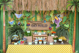 Jungle Theme Birthday Invitations Organize A Safari Theme Birthday Party Venuelook Blog