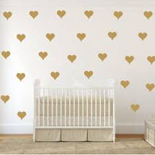 designs large heart wall decoration in conjunction with wooden