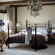 Bedroom Design with Vintage Metal Bed Frames