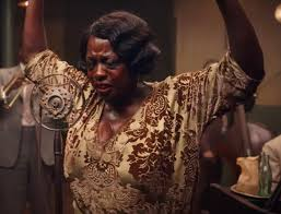 Welcome to viola davis' official facebook page. Viola Davis Shows That Being The Mother Of The Blues Isn T Easy In New Ma Rainey Teaser