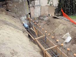 concrete pouredforms installed retaining wall forms