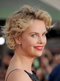 Charlize Theron Short Hair Style how to grow out your hair celebs growing out short hair 6298 by wearticles.com