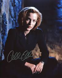 Gillian anderson was born in chicago, illinois. Gillian Anderson Signed Autographed 8x10 Glossy X Files Photo Portraying Agent Dana Scully Includes Fanexpo Fanexpo Certificate Of Authenticity And Proof Entertainment Autograph Original At Amazon S Entertainment Collectibles Store