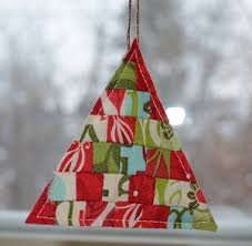 Quilt Christmas Ornaments! 17 Projects to Hang on Your Tree ... & Christmas sewing projects · Quilt Christmas Ornaments! Adamdwight.com