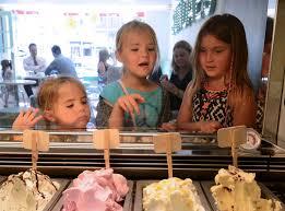 Sundaes ice cream parlour serves up new flavours - Teesside Live
