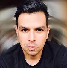 Ricky López Buenrostro - Home