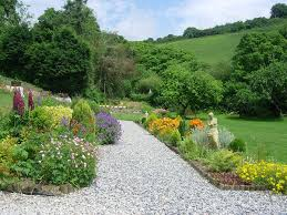 As May progresses to early summer, the gardens at Lanhydrock, Cotehele, Anthony and Mt Edgcumbe become a profusion of colour. - GardenDSCN0140