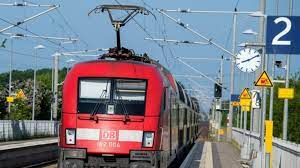 Maybe you would like to learn more about one of these? Bahnstreik 2021 News Aktuell Zugverkehr Rollt Wieder An Gdl Droht Schon Wieder Mit Streiks News De