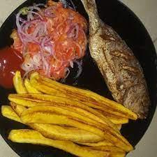 Ndizi mbichi za nyama kiswahili. Samaki Na Ndizi Mbili Za Kukaanga 6000 0786643088 Food Tasting Kitchen