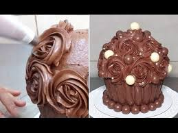 Giant Chocolate Cupcake Swirl Chocolate Buttercream Roses By Cakes