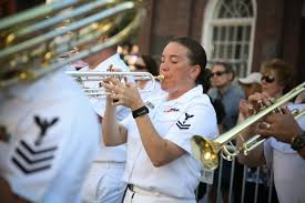 File:US Navy 090705-N-3271W-085 Musician 2nd Class Audra Ratliff ...