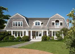 image of characteristics of new england style house