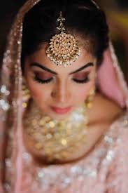 Amazing ideas indian bridal jewellery designs Bridal Makeup Large Round Maangtikka With Baby Pearls Wedmegood Bridal Jewellery Designs Latest Wedding Jewelry Photos Ideas