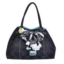 Coach East West Scarf Large Black Totes BMN
