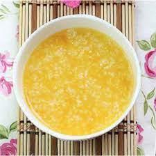 nấu cháo trứng gà cho bé với rau gì ngon bổ dưỡng