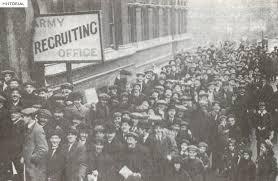 Положение на фронте и в тылу в году Первая мировая война Первая мировая война 1915 год Добровольцы записываются в британскую армию