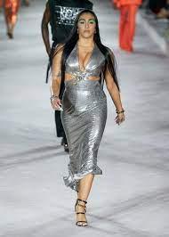 Lourdes Leon foto stile della modella body positive