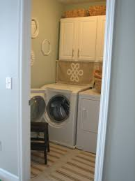 Small Laundry Room Ideas : Happy Laundry Room