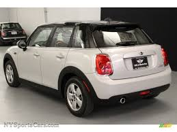 2018 cooper hardtop 4 door white silver metallic carbon black photo 4