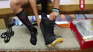 How to Fit your <b>New Snowboard Boots</b> at Home - YouTube