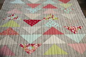 Lella Boutique: Simple Line Quilting & Lucky ... Adamdwight.com
