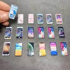 Điện thoại đồ chơi mini chuyên dùng cho nhà búp bê chính hãng 81,400đ