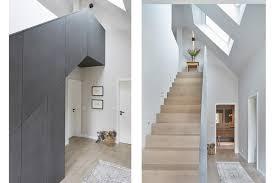 Das erdgeschoss wird bestimmt von einer geradläufigen treppe, die auch als raumteilung dient und in die eine speisekammer integriert wurde. Skulpturale Treppe Bild 8 Schoner Wohnen