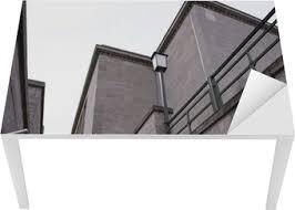 Saage treppenbau ist ihr partner für hochwertige treppen und biegetechnik. Tapete Treppen Bauhaus Stil Pixers Wir Leben Um Zu Verandern