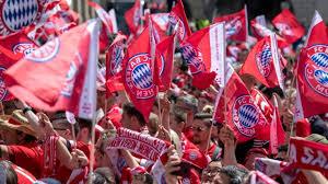 Sasa kalajdzic (l.) und borna sosafoto: Fcb Vs Stuttgart Fc Bayern Munchen Blamiert Vfb Mit Kantersieg News De