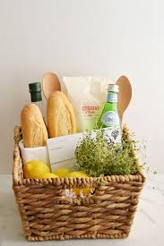 Kitchen Gift 17 Best Ideas About Housewarming Gift Baskets On Pinterest