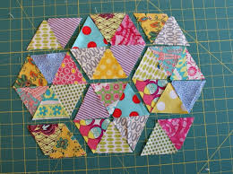 46 best 60 degree ruler patterns images on Pinterest | Table ... & How to Use a 60-degree Quilting Ruler - Tutorial (to make my Sugar Adamdwight.com