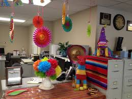 Super bowl office party ideas Printable Gorgeous Office Party Ideas Nyc Cinco De Mayo Office Office Holiday Party Game Ideas For Adults Mkumodels Stupendous Halloween Office Party Ideas Adults Contemporary Super