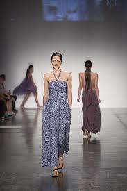 Hawaii Clothing Designers Noa Noa In Hawaii Embracing The Batik Mystique Sfgate
