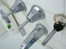kohler bathtub faucets bathtub faucets 3 knob shower faucet keeps turning and on the hot water kohler bathtub faucets