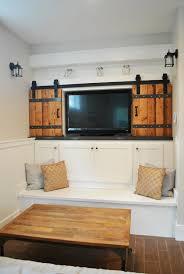 4 cabinet doors