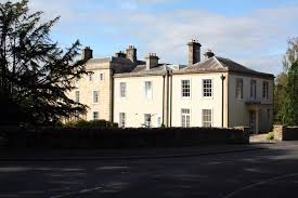 Hard Up Dad Sells His Six Bed Mansion In A Raffle For 2 A Ticket