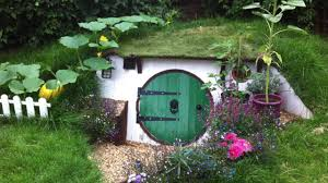 How To Build A Hobbit House How To Build A Hobbit House In Your Backyard Youtube