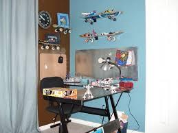 Tween Skateboard room - Boys' Room Designs - Decorating Ideas - HGTV Rate  My Space