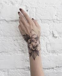 Floral Dotwork And Fine Line Tattoos By Dasha Sumkina Tattoos