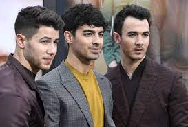 Nick jonas is best known as one of the jonas brothers, a band formed with his brothers kevin and joe. How Nick Jonas Found Out He Had Diabetes According To The Jonas Brothers Documentary Chasing Happiness