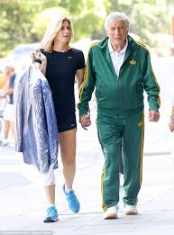 Tony Bennett enjoys day with leggy wife Susan in New York | Daily ...