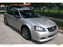 2005 Nissan Altima 3.5 SE-R related infomation,specifications ...