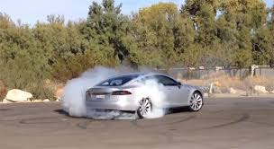 removing a fuse lets the tesla model s do sick burnouts geek com an error occurred