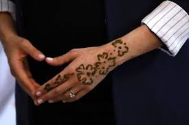 Meghan Markle Shows Off New Henna Tattoo To Two Little Girls As She