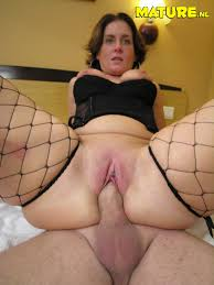 Horny mature women fucking pictures galleries